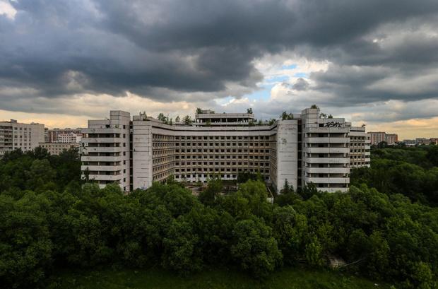 Фото №2 - Обитель зла и неприкаянных душ: почему жители Москвы стороной обходили ховринскую больницу