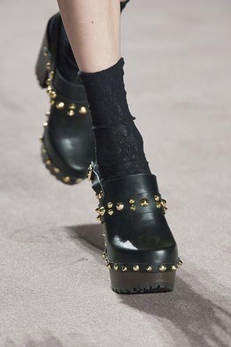 Фото №9 - Самая модная обувь осени и зимы 2021/22