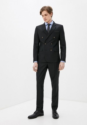 Фото №4 - 7 стильных костюмов на выпускной для модных парней