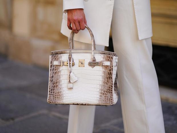 Фото №11 - Объект желания: почему весь мир мечтает о сумке Birkinвот уже 40 лет