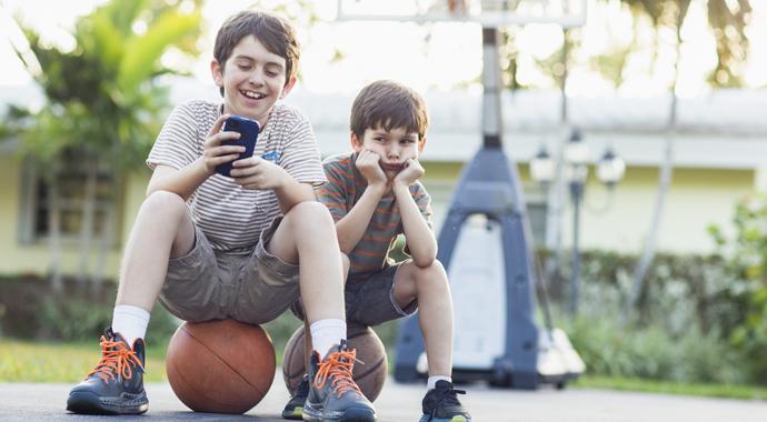 Чему (на самом деле) завидуют дети?