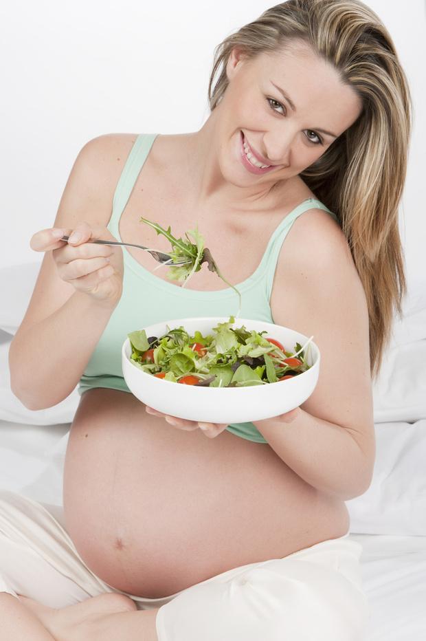 Фото №2 - Питание беременной по летнему расписанию
