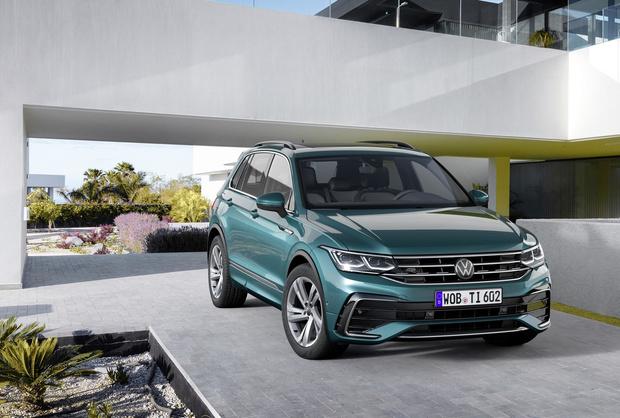 Фото №1 - Обновленный Volkswagen Tiguan представлен в России