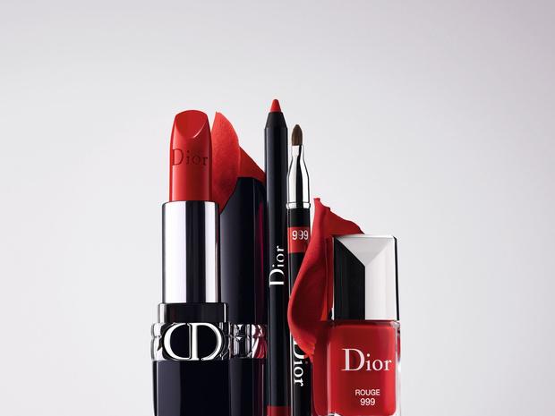Фото №2 - Макияж губ в стиле Dior: 2 незаменимых бьюти-средства