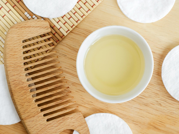 Фото №4 - Касторовое масло: 6 незаменимых свойств для красоты и здоровья