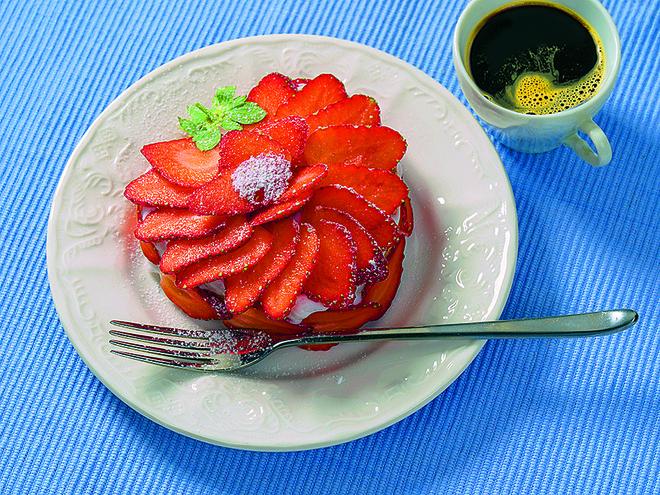 Мини-тортики с клубникой