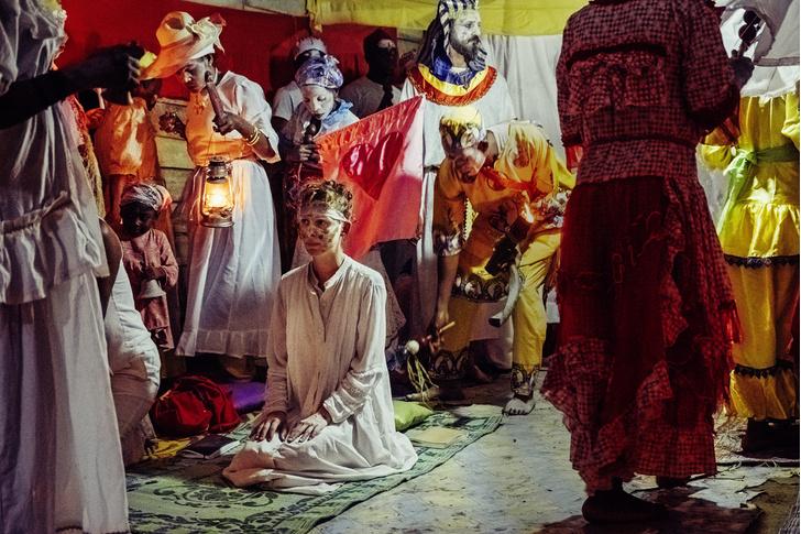 Фото №11 - Владычицы ночи: секретный ритуал Бвити в Габоне