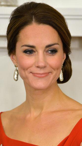 Фото №10 - Как менялся макияж герцогини Кейт за годы в королевской семье