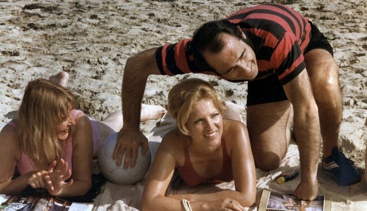 Фото №2 - Как познакомиться летом: 10 лучших и 10 худших фраз для знакомства на пляже