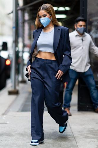 Фото №5 - Свитер и джинсы— это скучно. Лови 40 модных идей, что носить осенью 2021 😎