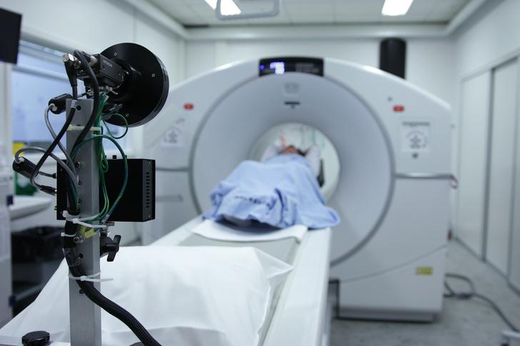 Фото №1 - Главный специалист по лучевой диагностике Петербурга: «По влиянию на мозг коронавирус похож на ВИЧ»