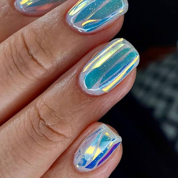 Фото №3 - Северное сияние на ногтях: трендовый маникюр из Инстаграма