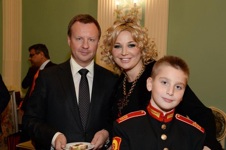 Фото №2 - Курс на Запад: Мария Максакова переезжает из Киева в США
