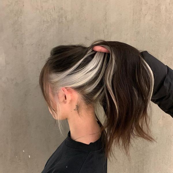Фото №4 - 10 крутых идей скрытого окрашивания для разного цвета волос