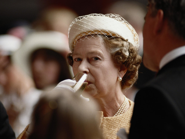 Фото №2 - Вечерний ритуал Королевы: как Елизавета II завершает каждый свой день