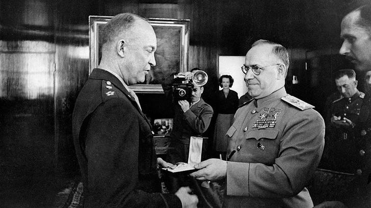 Фото №6 - 7 блистательных фактов о главном ордене СССР