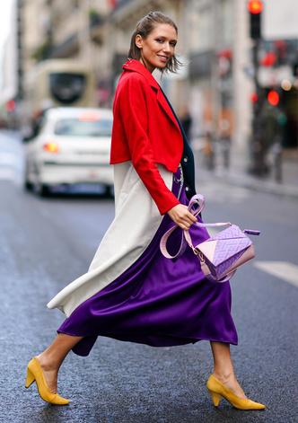 Фото №14 - Чем еще заменить цветочный принт в гардеробе: 6 идей от стилиста