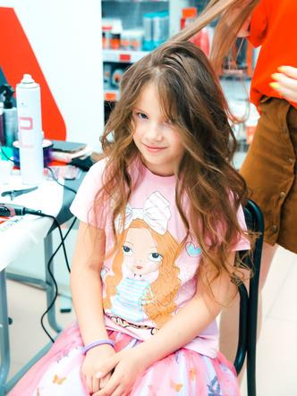 Фото №2 - Красота не отходя от кассы: в магазинах Петербурга провели бьюти-дни