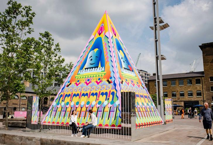Фото №2 - Арт-объект Адама Натаниэля Фурмана в Лондоне