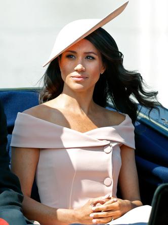 Фото №10 - Демократичная герцогиня: 10 лучших причесок Меган на каждый день