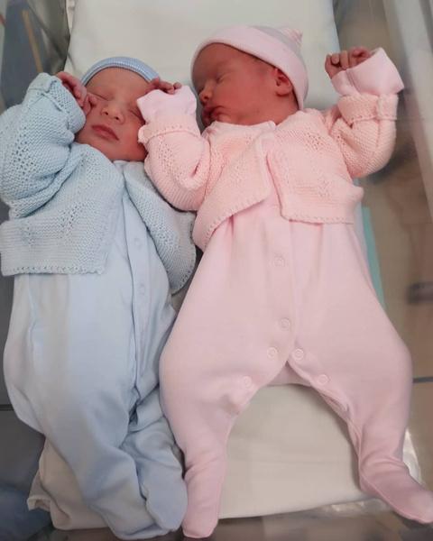 Фото №2 - Как живут тройняшки, рожденные с разницей в 7 лет: фото