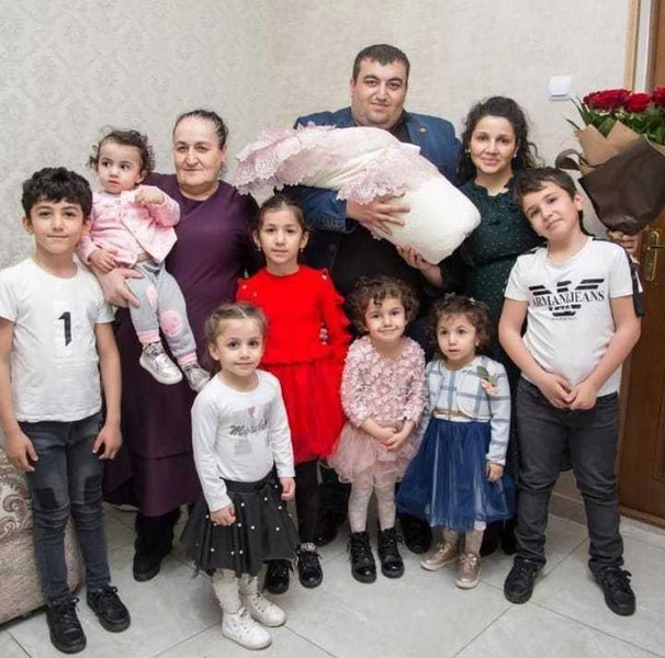 Марина Оганесян рожала 9 лет подряд