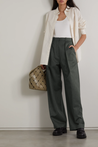 Фото №8 - 5 моделей брюк, которые делают ноги визуально длиннее
