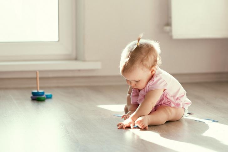 Фото №1 - Нечистая сила: как правильно убирать в доме, где живут дети