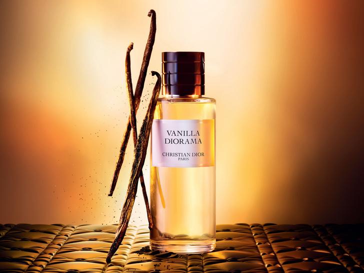 Фото №1 - Аромат дня: Vanilla Diorama от Maison Christian Dior