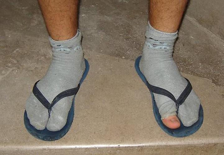 Фото №16 - Пять видов обуви, которую называли уродской, но всё равно массово носили