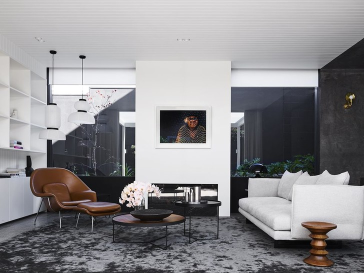 Фото №1 - Минималистский дом в Австралии по проекту Madeleine Blanchfield Architects