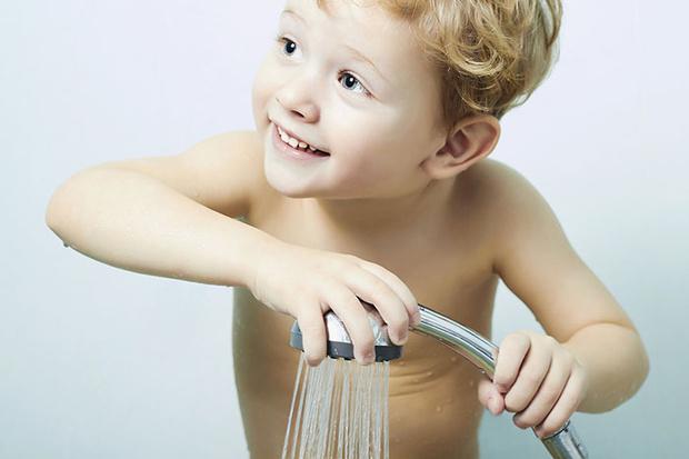 Фото №1 - Как вытащить ребенка из ванной: 5 простых приемов
