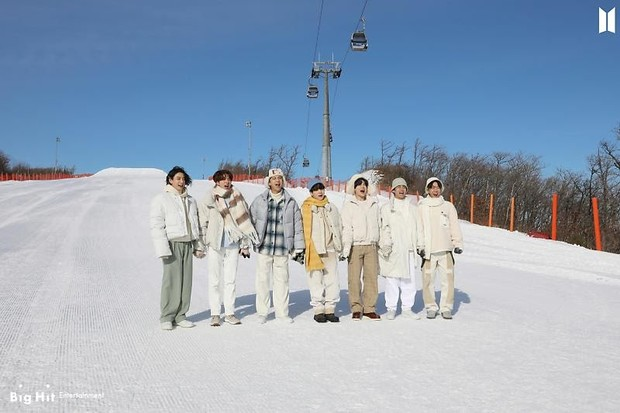 Фото №54 - Снежные ангелы: Big Hit Entertainment выложил 65 новых фото BTS 😍