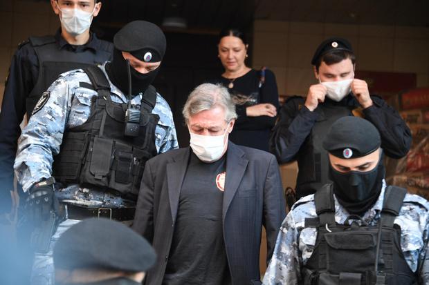 Фото №3 - Эльмана Пашаева лишили адвокатского статуса на год
