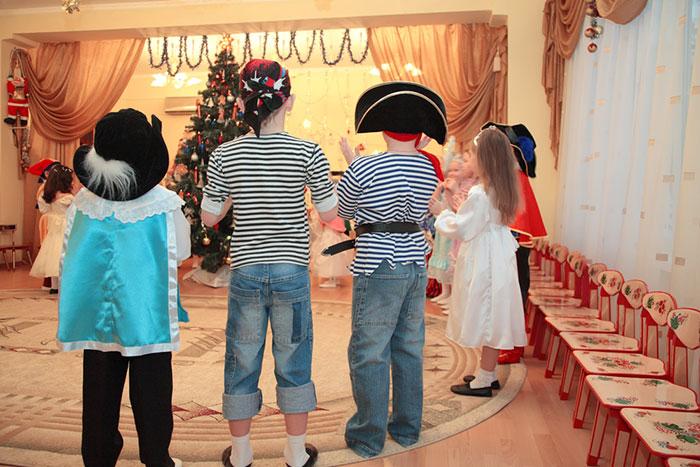 Фото №3 - Новогодний утренник в детском саду