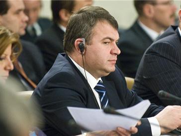 Анатолий Сердюков встречался с министром обороны США