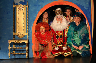 Фото №8 - Театр «Кураж» дарит маленьким зрителям «День в театре»
