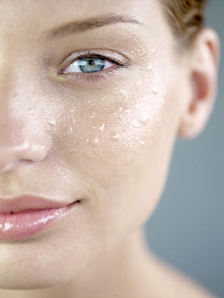 Фото №2 - Увлажнение кожи лица: по всем правилам