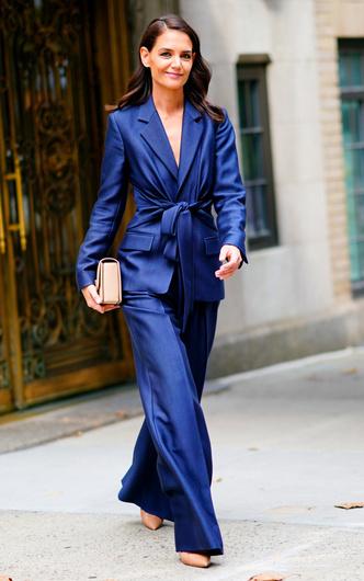 Фото №6 - Самая модная в Нью-Йорке: как одевается Кэти Холмс (и почему ее образы все повторяют)