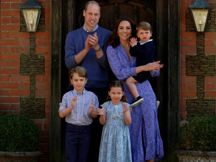 Фото №23 - Воспитание королей: что можно и что нельзя Джорджу, Шарлотте и Луи Кембриджским