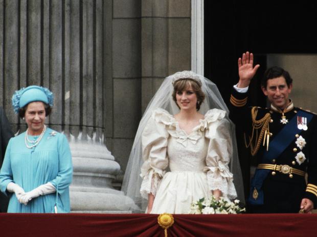 Фото №4 - Королева самоиронии: самое забавное прозвище, которое Елизавета II дала сама себе