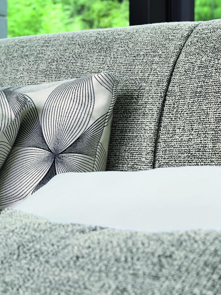 Фото №6 - Новая кровать Gaudi от Flou