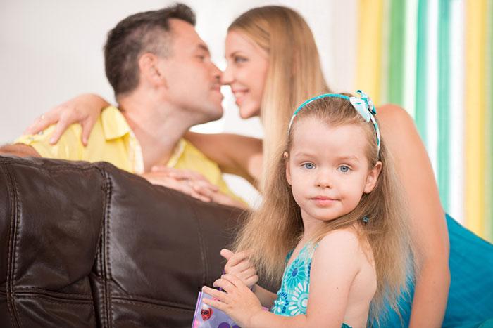 Фото №1 - Взрослая любовь и маленькие дети