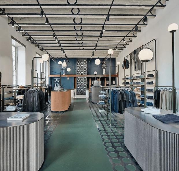 Фото №1 - Магазин одежды в здании XII века в Нидерландах