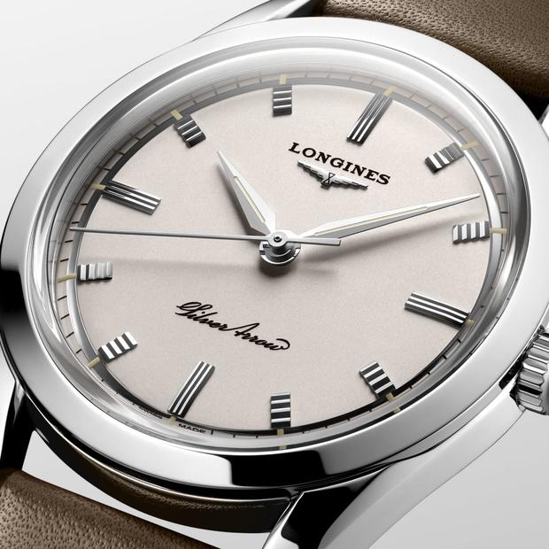 Фото №4 - Назад в будущее: Longines воссоздали оригинальную модель 1950-х годов