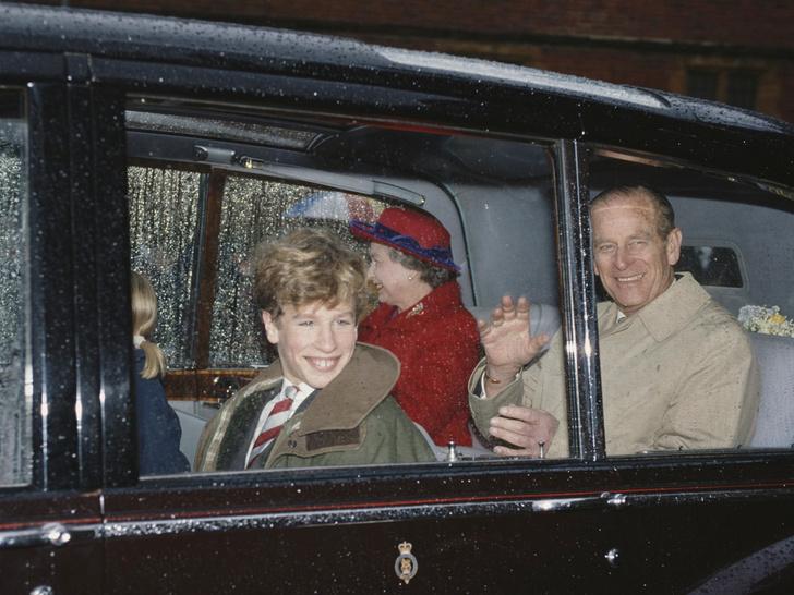 Фото №12 - Бунтари и отличники: как королевские особы выглядели в подростковом возрасте