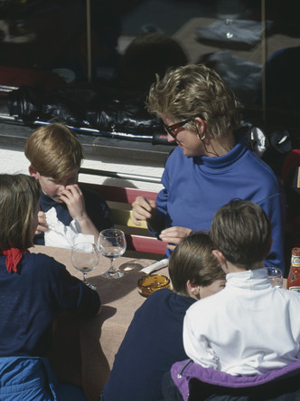 Фото №3 - Незатейливое блюдо: любимый детский десерт Гарри и Уильяма
