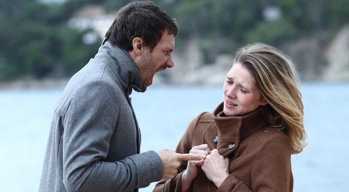 Психологическое насилие: спасать отношения или себя?