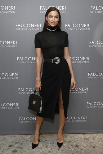 Фото №12 - Как одевается самая модная российская топ-модель: 6 правил стиля Ирины Шейк