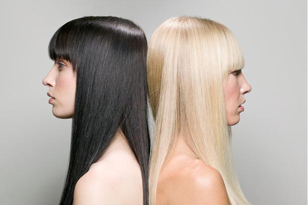 Как осветлить волосы на один тон